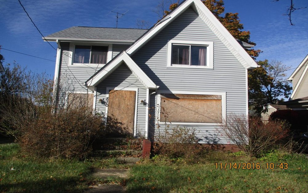 870 Peerless Avenue, Akron, Ohio 44320 Minimum Offer:            For-Profit: $7,981                                      Non-Profit: $5,740                           Owner-Occupant: $7,234 Original List Date: 12/19/17 1st Deadline for Offers: 01/18/18, 4 p.m. First Offer Review: 01/19/18 Minimum Renovation Requirements NO Application Fee Required 3 Bed | 1 Bath | 1,391 sq. ft.