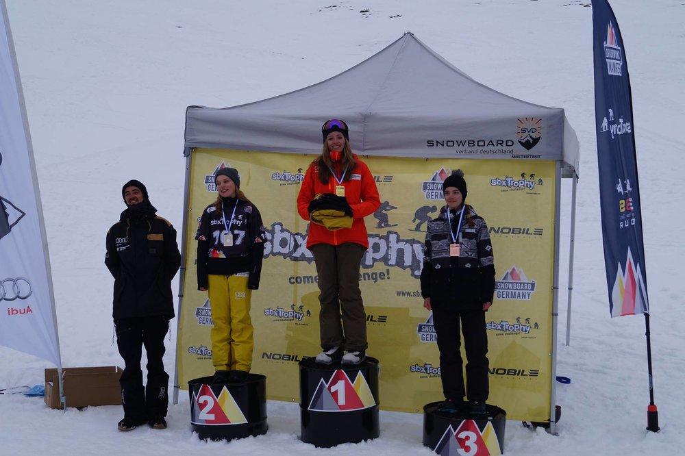 Bayerische Meisterinnen im Snowboardcross 2017