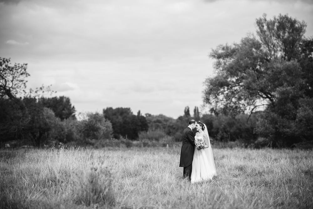 Hampshire-Farm-Wedding-0147.jpg