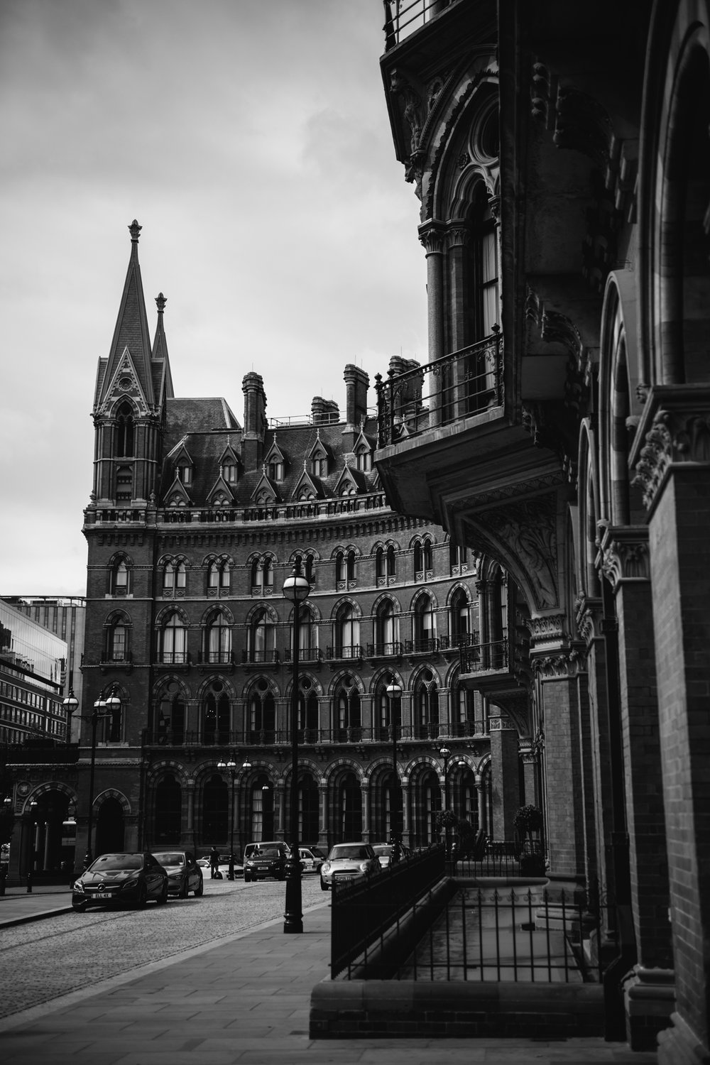 St.Pancras-London-wedding-photographer-1.jpg