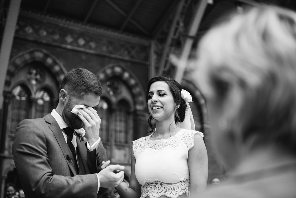 St.Pancras-London-wedding-photographer-72.jpg