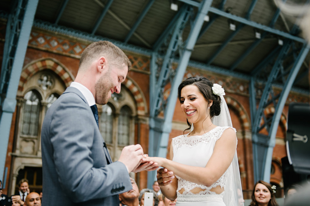 St.Pancras-London-wedding-photographer-75.jpg