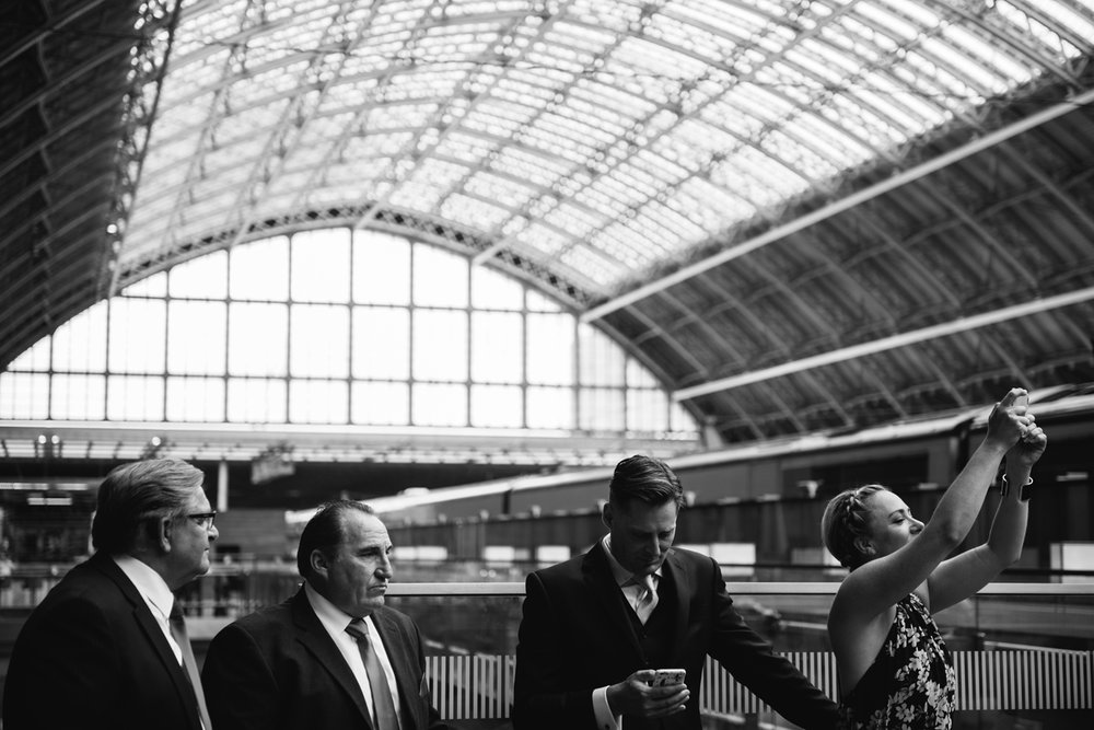 St.Pancras-London-wedding-photographer-82.jpg