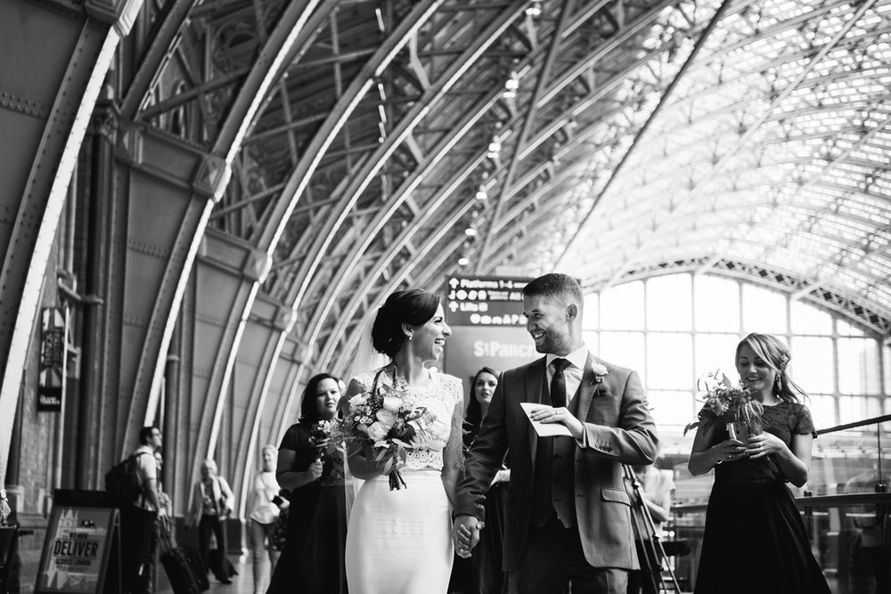 St.Pancras-London-wedding-photographer-88.jpg