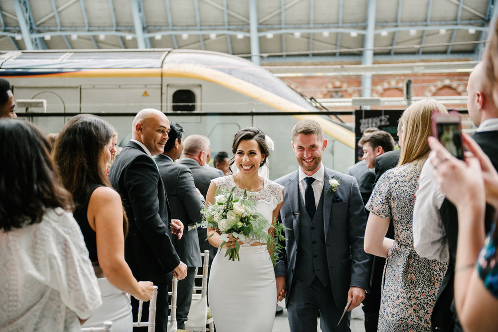 St.Pancras-London-wedding-photographer-87.jpg