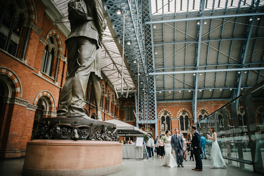 St.Pancras-London-wedding-photographer-94.jpg