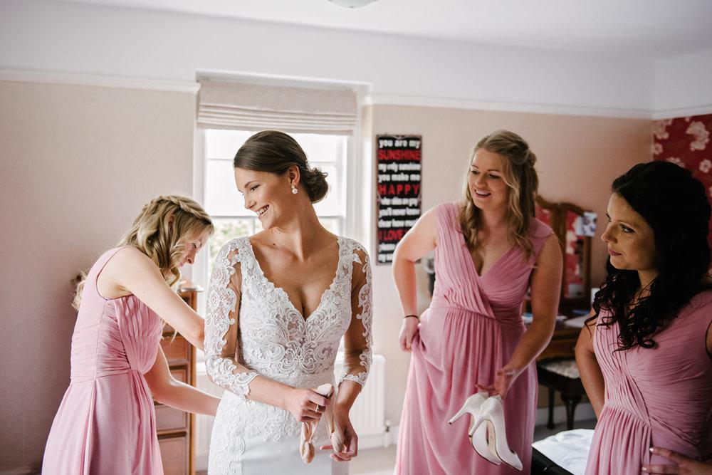 Northbrook-Park-Wedding-Photography-0022.jpg