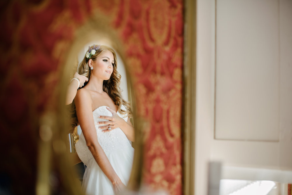 Chateau-Robernier-Wedding-Photographer-0030.jpg
