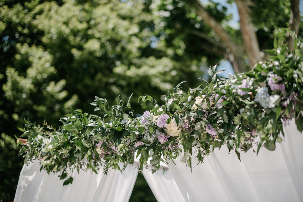 Chateau-Robernier-Wedding-Photographer-0036.jpg