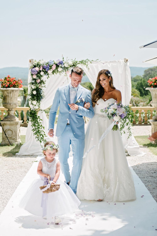 Chateau-Robernier-Wedding-Photographer-0062.jpg