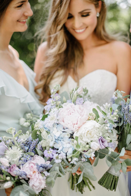 Chateau-Robernier-Wedding-Photographer-0112.jpg