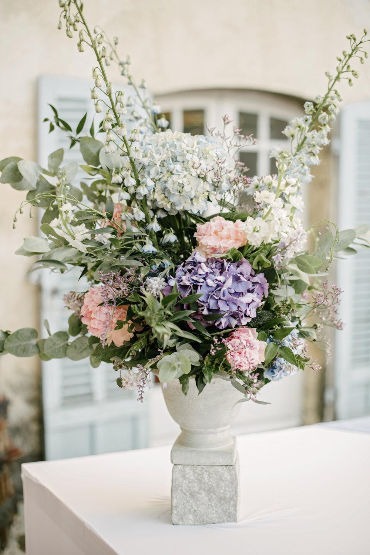 Chateau-Robernier-Wedding-Photographer-0159.jpg
