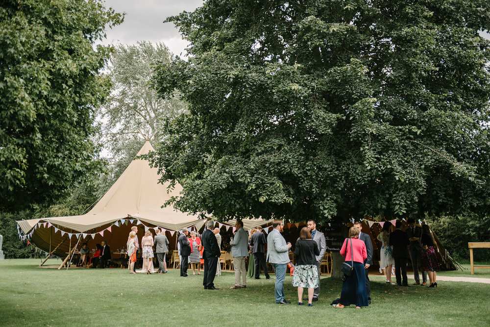 Henry-Moore-Foundation-Wedding-0111.jpg
