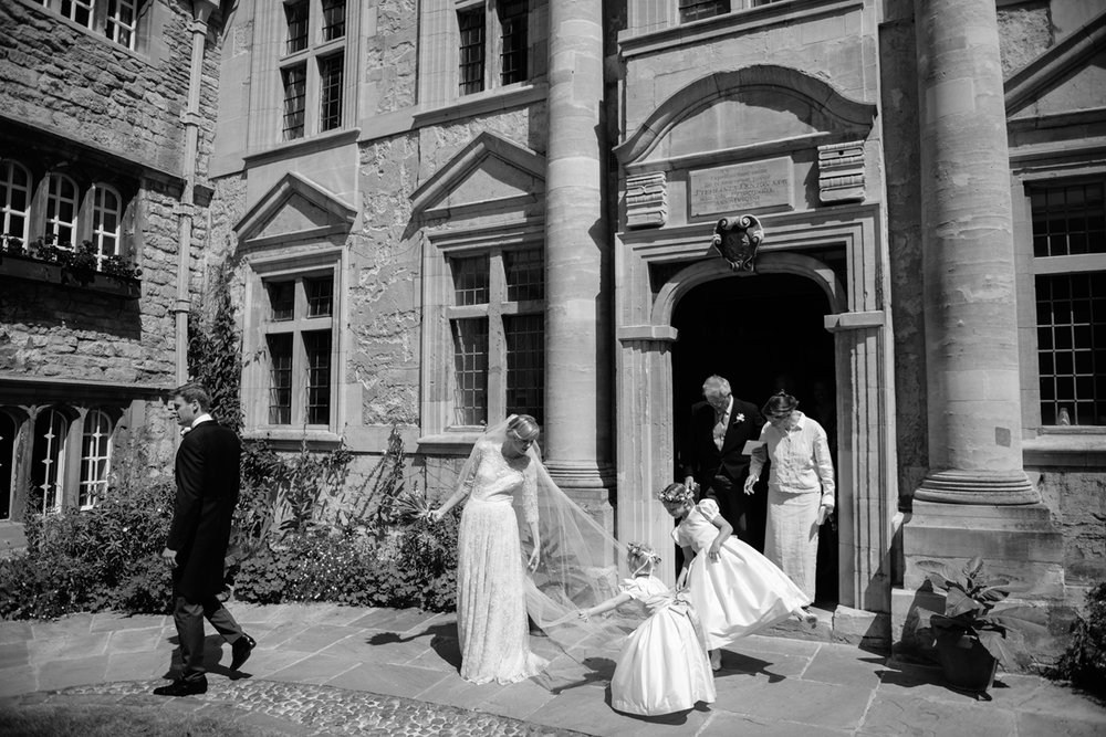 Oxford-University-Wedding-Photographer-0057.jpg