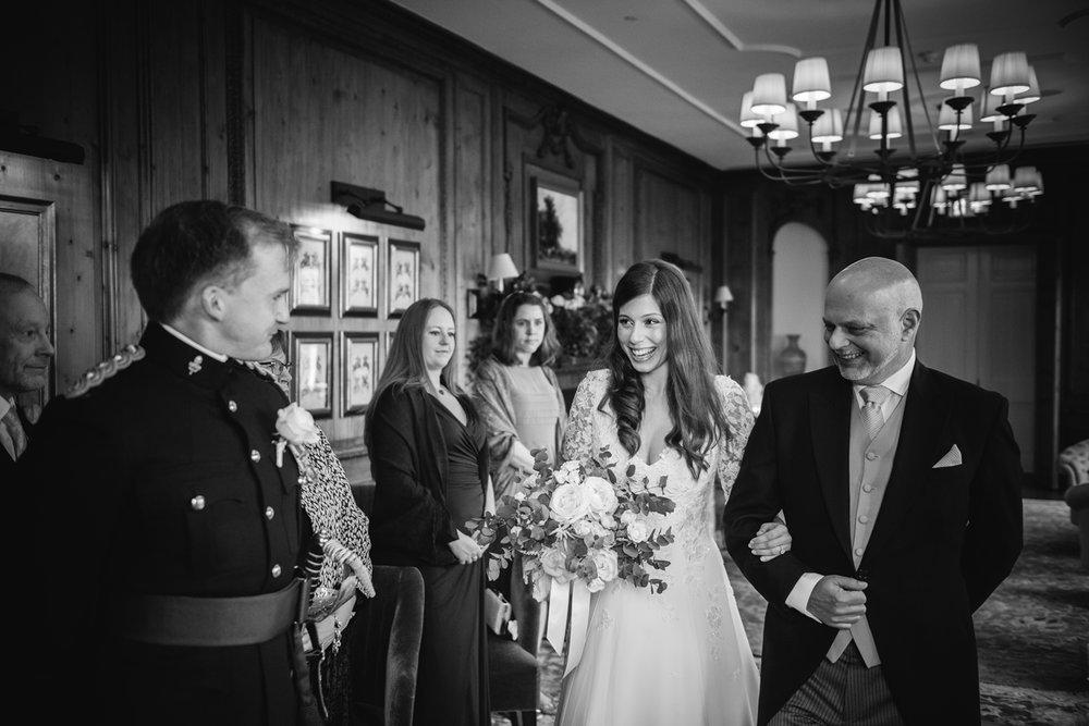 Four-Seasons-Hampshire-Wedding-Photographer-012.jpg