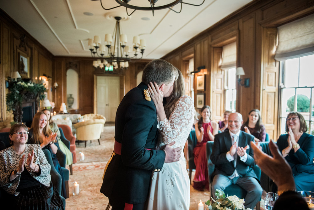 Four-Seasons-Hampshire-Wedding-Photographer-020.jpg