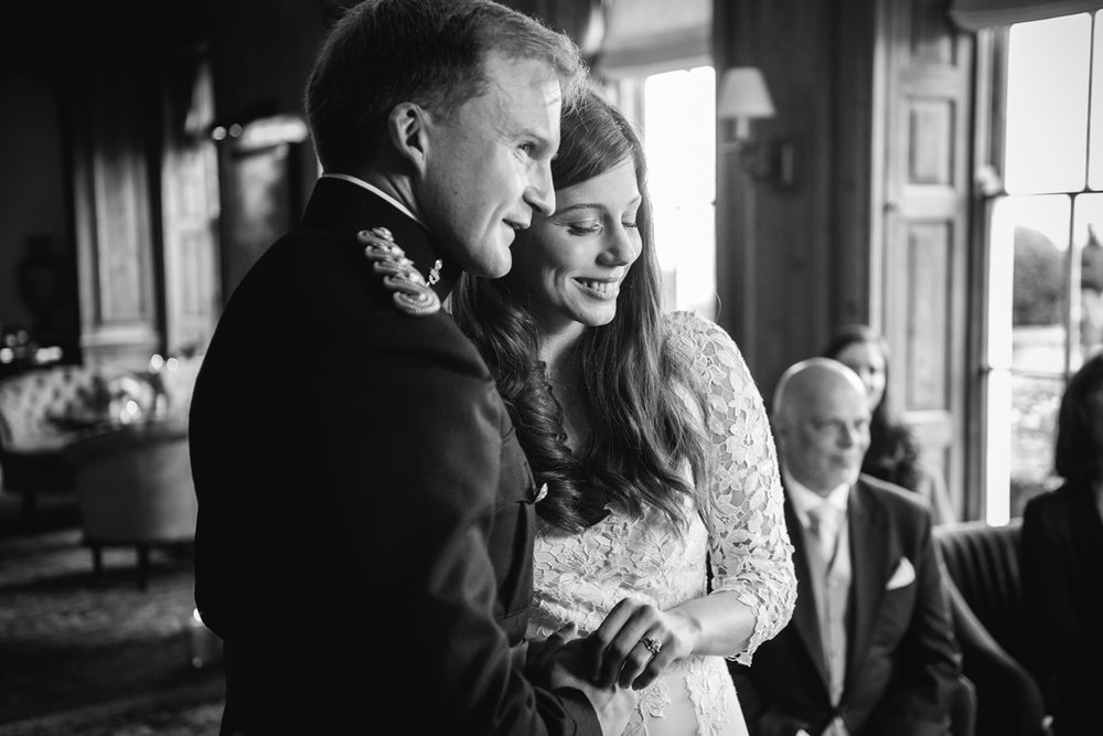 Four-Seasons-Hampshire-Wedding-Photographer-025.jpg