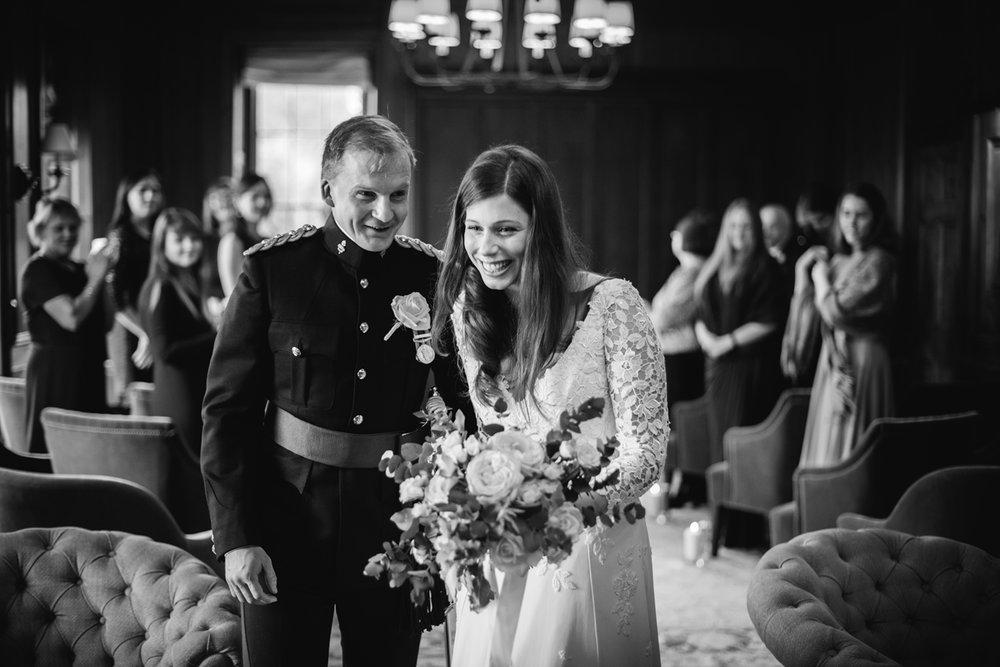 Four-Seasons-Hampshire-Wedding-Photographer-028.jpg