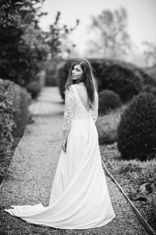 Four-Seasons-Hampshire-Wedding-Photographer-034.jpg