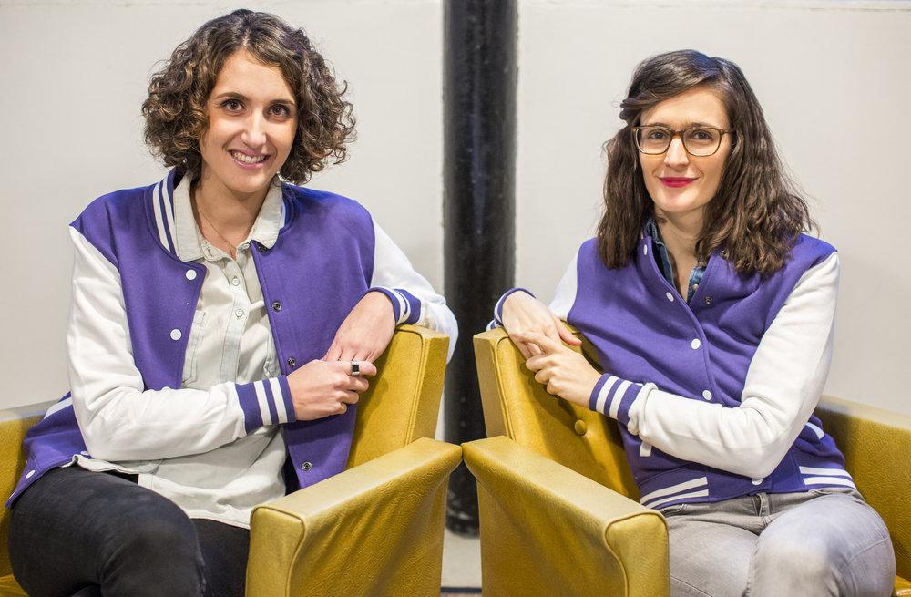 Clara & Bea fauteuils HD.jpg