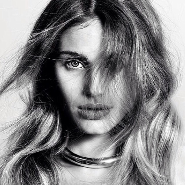 #hairinspo #livedinhair #effortlesslayers #softlayers #wavytexture #modern #LOVE 💙