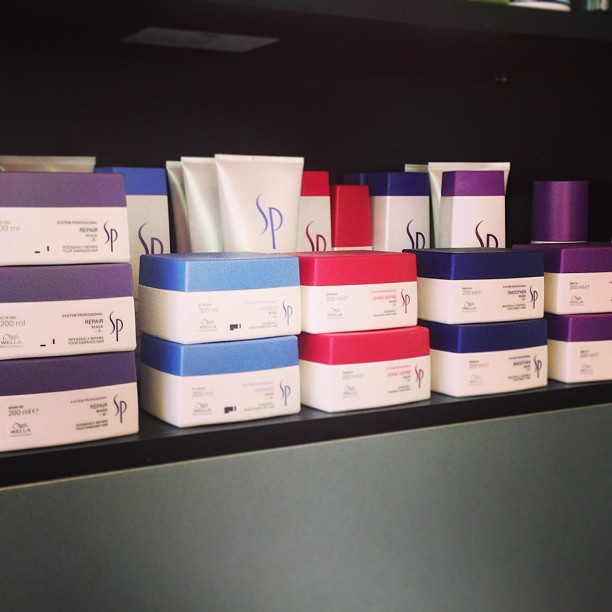 #Wella #WellaSP walking off the shelf at #laboutique #prescriptive #love for your #hair #wellaAU (at La Boutique)
