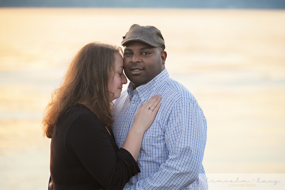 Snohomish Beach Engagement Session-2.jpg