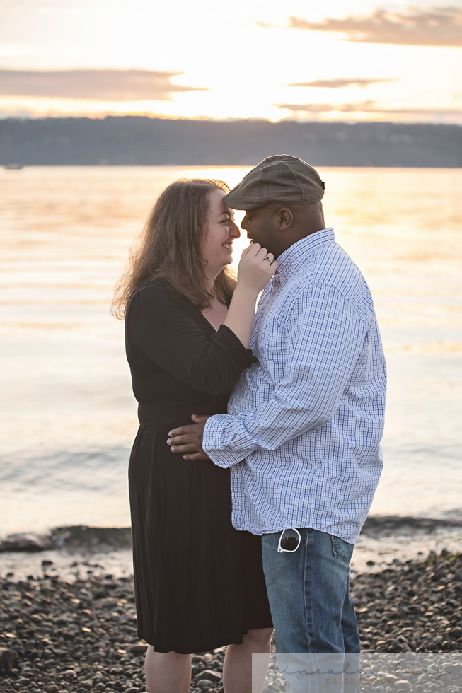 Snohomish Beach Engagement Session-3.jpg