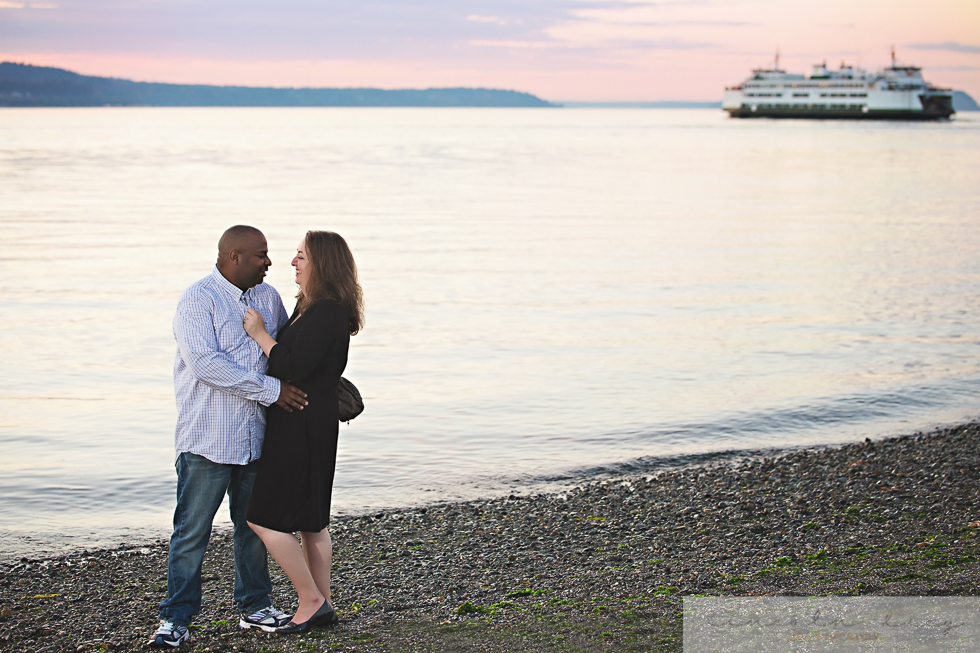 Snohomish Beach Engagement Session-6.jpg