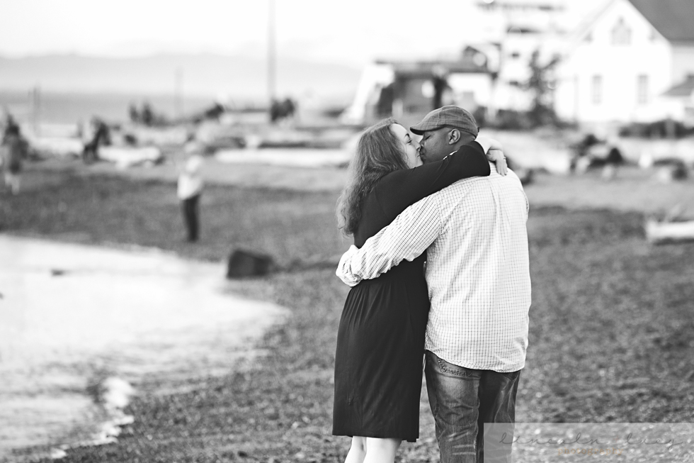 Snohomish Beach Engagement Session-7.jpg