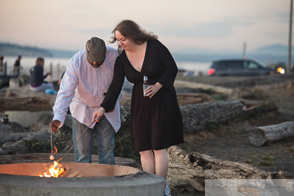 Snohomish Beach Engagement Session-8.jpg