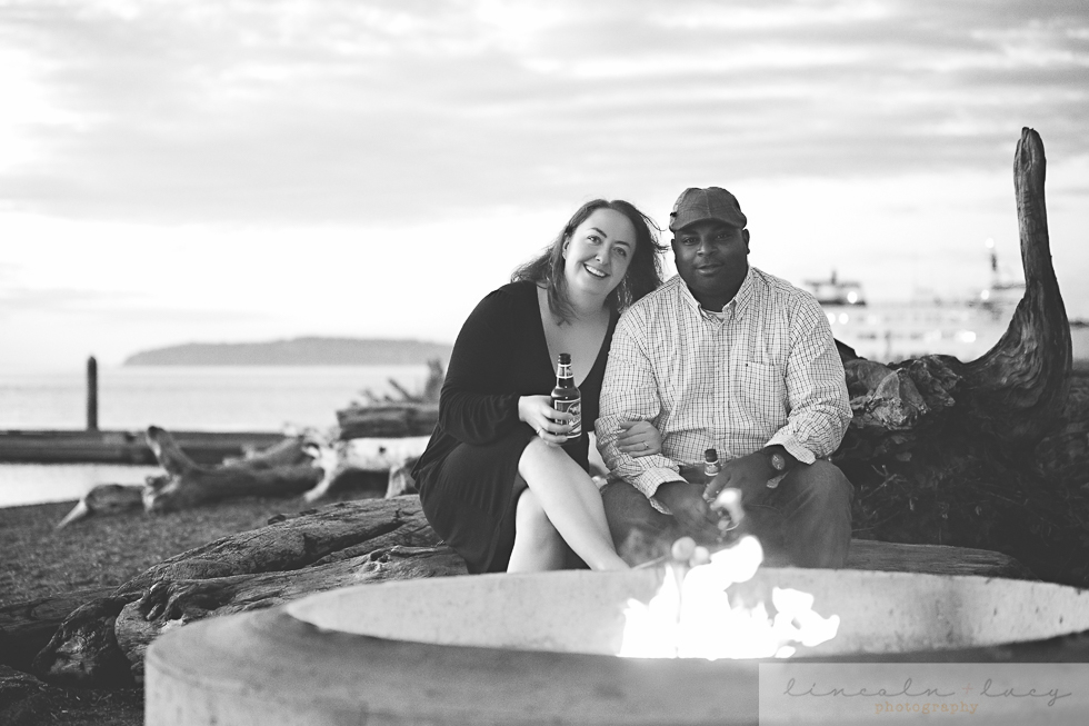Snohomish Beach Engagement Session-10.jpg