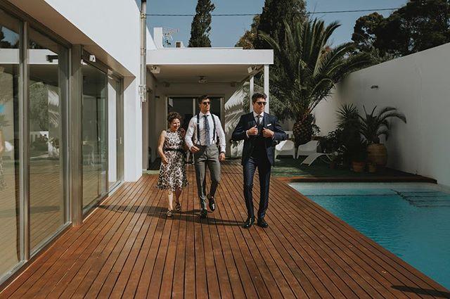 Domingos de sol y piscina. • . • . • . #mariposas&huracanes #wedding #boda #fotografodebodas #zaragoza #love #fotografodebodaszaragoza #engagement #vestidodenovia #bridedress #forestwedding #bodas2018 #bodas2019 #fotografozaragoza #trajesdenovio #groom