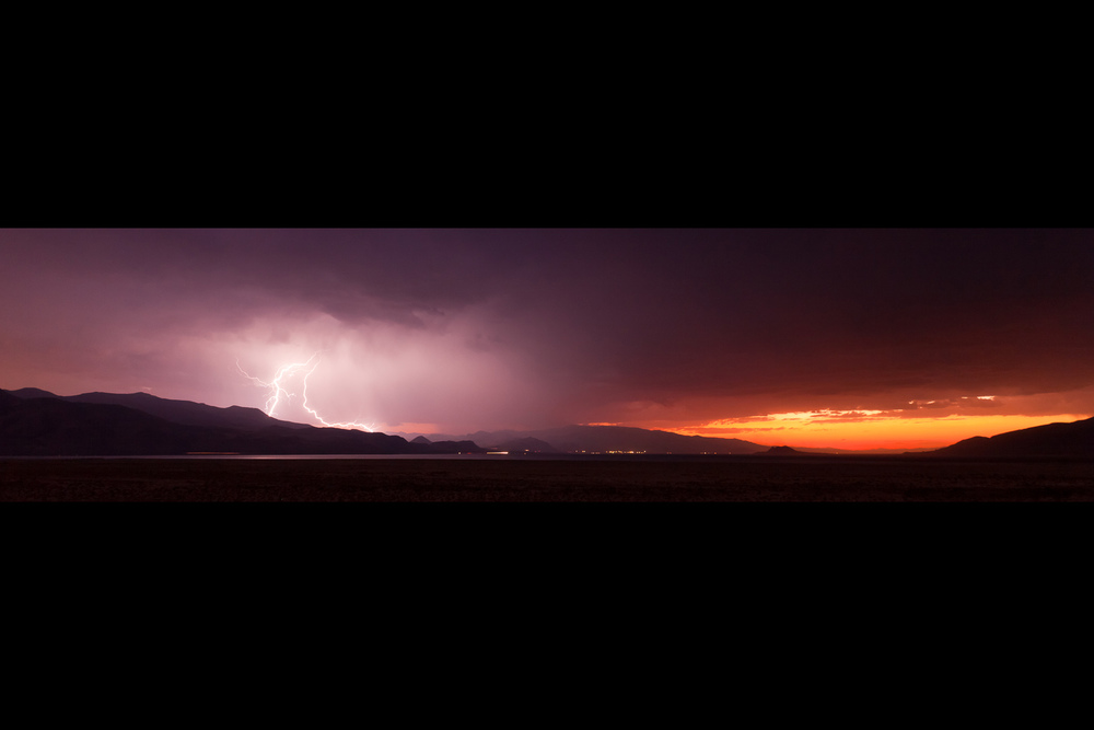 Lightning, Pyramid Lake