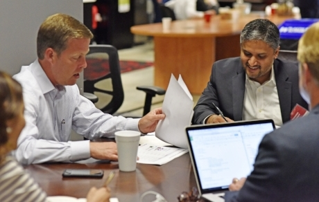 Gary Norcross, president of FIS, sits down with 2016 accelerator participant Yogesh Pandit to discuss his company,  Hexanika .