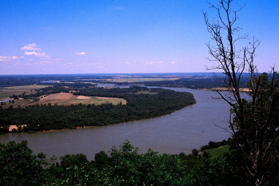 AR_River_from_Pinnacle_0628.jpg