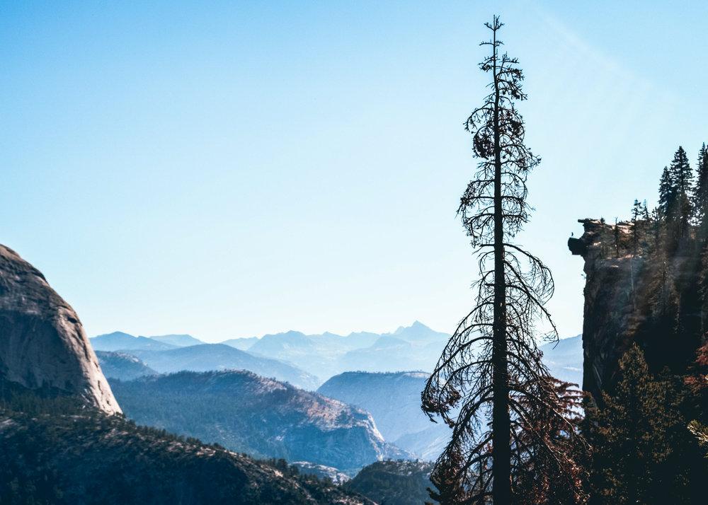Yosemite_tinyPeople.jpg