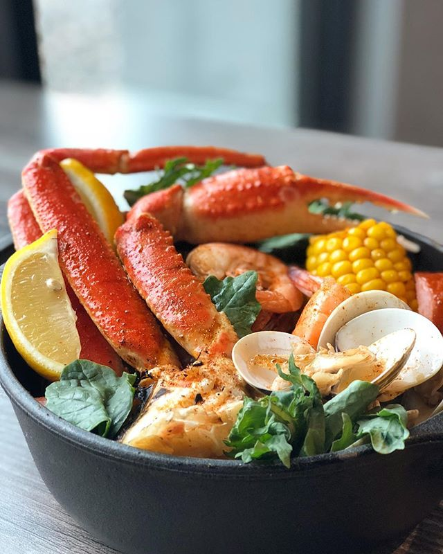 What is your favorite summertime meal? #mttavern #summatimecrabboils