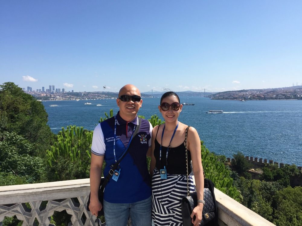 THE HAPPY TRAVELLERS and the magnificent view of the Bosphorus River