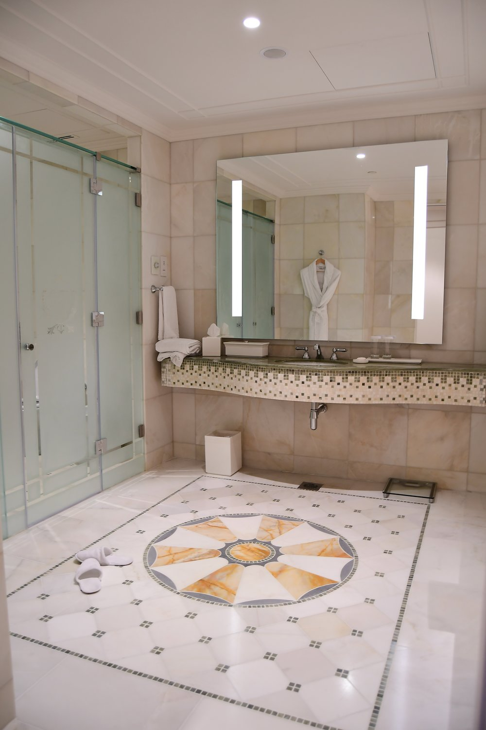 Grand Suite - Bathroom (Palazzo Versace Dubai)