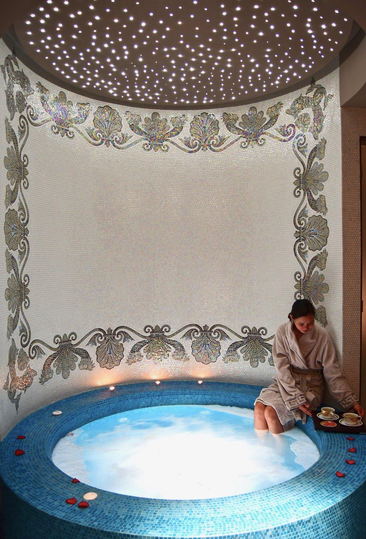 The Spa - Couples' Jacuzzi (Palazzo Versace Dubai)