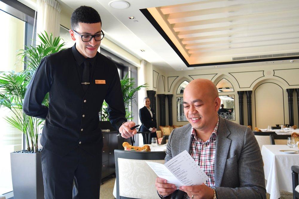 Enigma Staff, Sam (Palazzo Versace Dubai)
