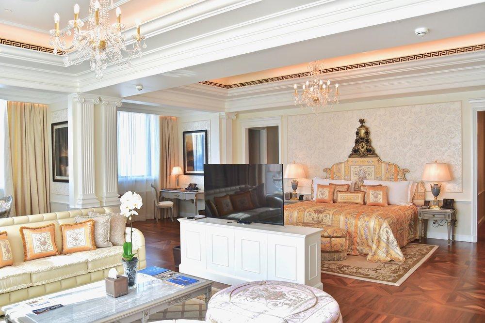 Imperial Suite - Masters Bedroom (Palazzo Versace Dubai)