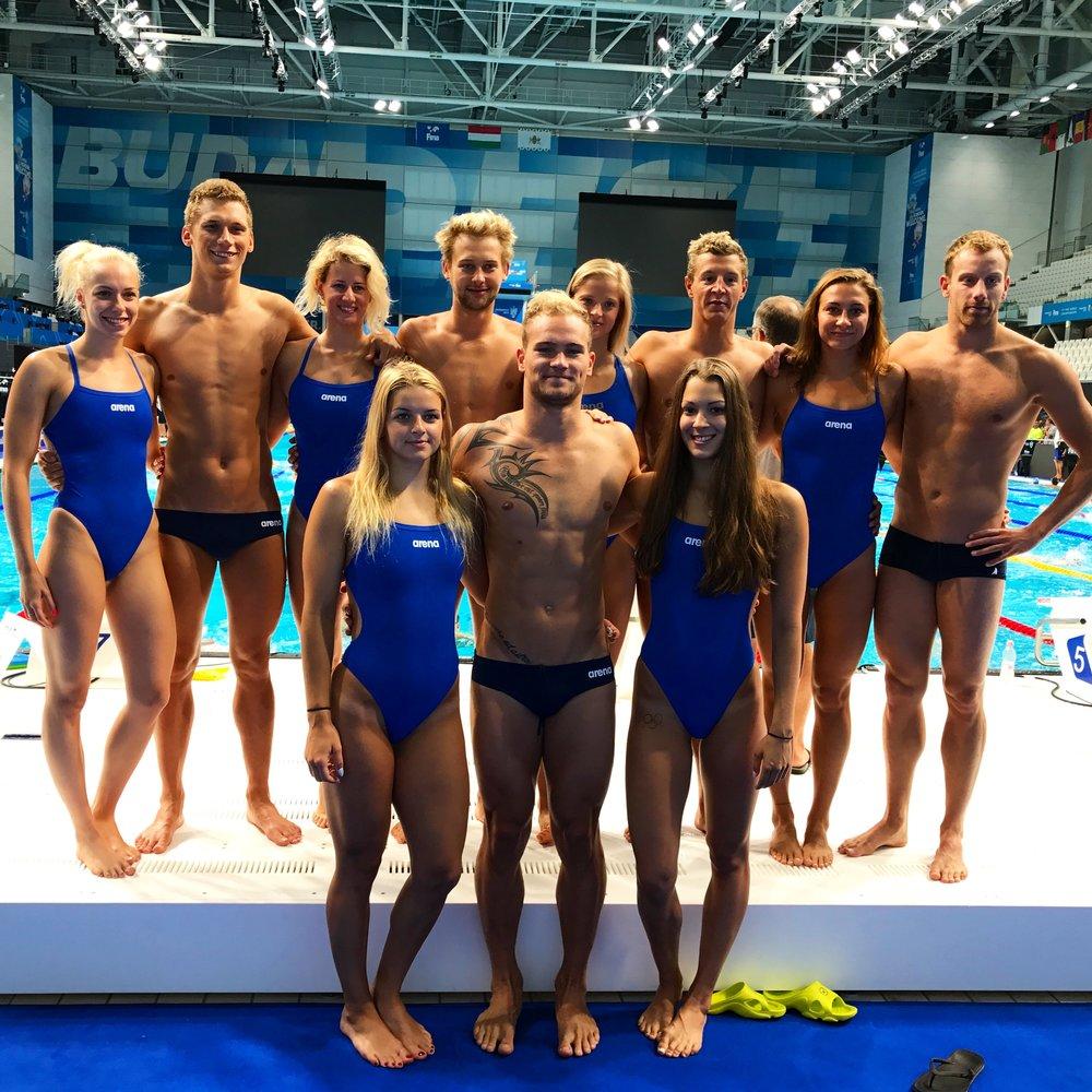 český tým plavců