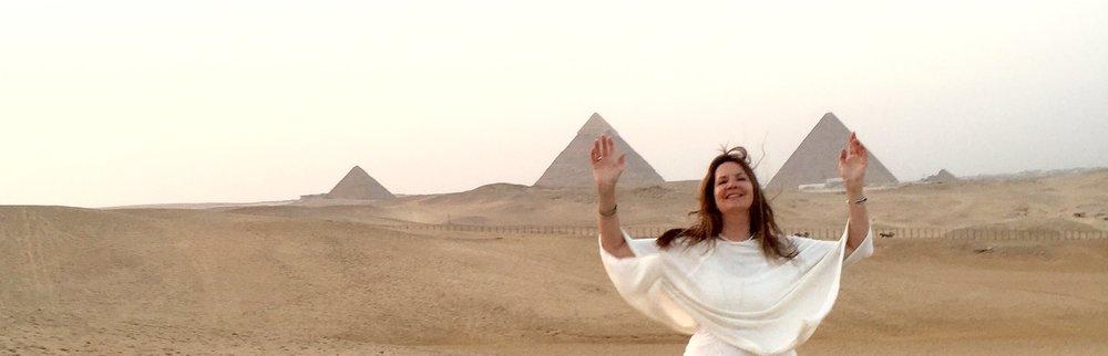 AnjahliaEgyptPyramidsWIDE.jpg
