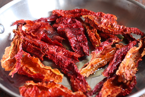 Dried peppers coated with olive oil