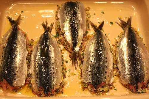 Sardines stuffed before baking