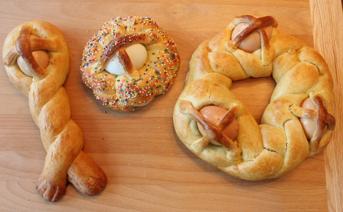 Calabrian Easter Breads