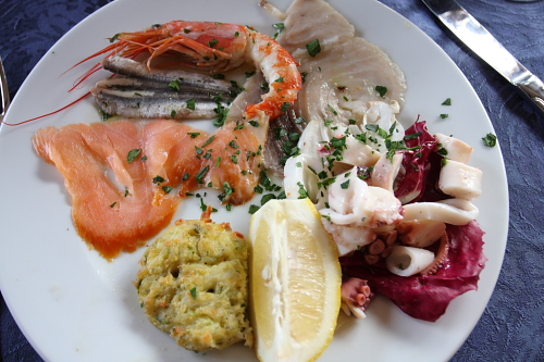 Seafood antipasto in Crotone