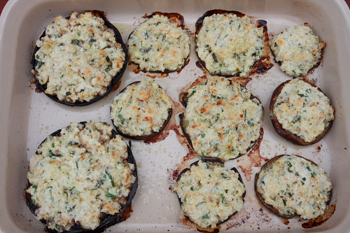 Stuffed wild mushrooms with ricotta